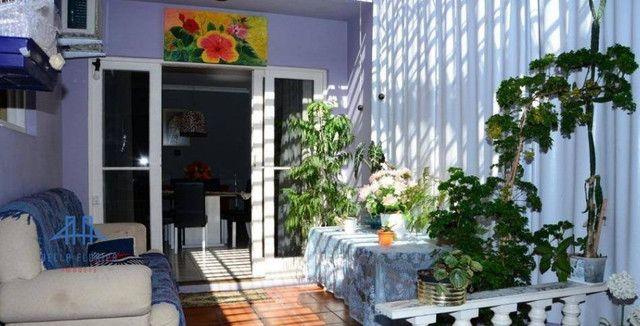 Casa com 4 dormitórios à venda, 250 m² por R$ 750.000,00 - Balneário - Florianópolis/SC