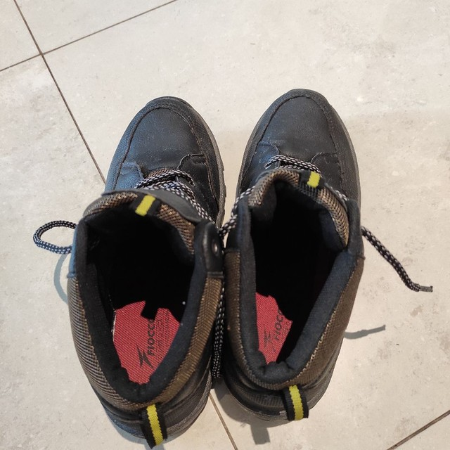 Par de botas infantil Tam. 35 - Foto 3