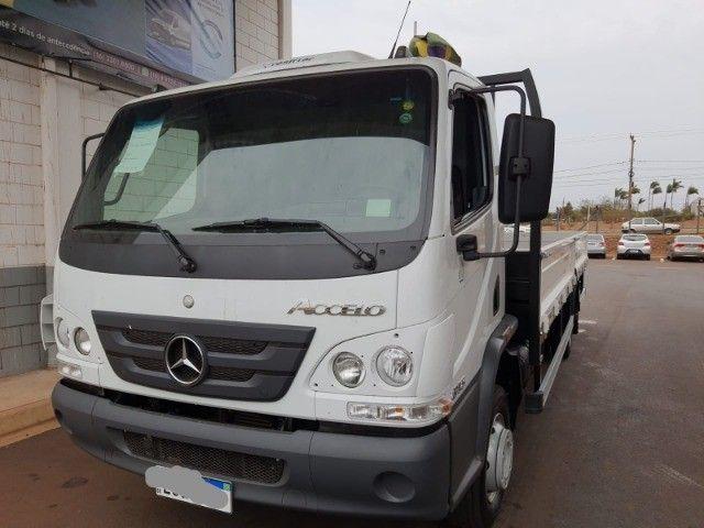Mercedes MB Acelo Accelo 815 novo 2021 com carroceria nova R$ 275.000.