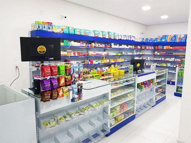 Gôndolas para farmácias