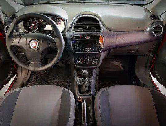 Fiat Punto 1.4 Attractive Italia 8v Flex 4p Manual-2013 - Foto 4