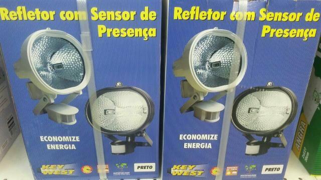 Refletor com sensor de presença