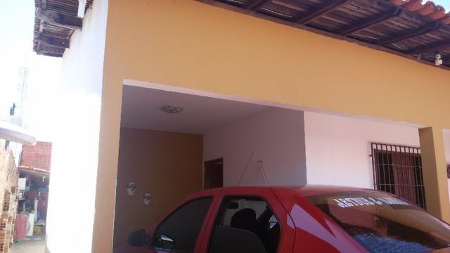 Casa no Mocambinho III com 3 quarto, sala de estar, sala de jantar 2 vagas de garagem