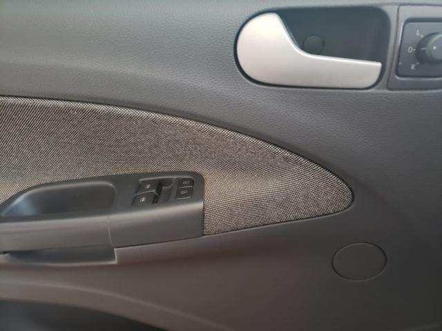 VW - VOLKSWAGEN VOYAGE 1.6/1.6 CITY  MI TOTAL FLEX 8V 4P - Foto 13