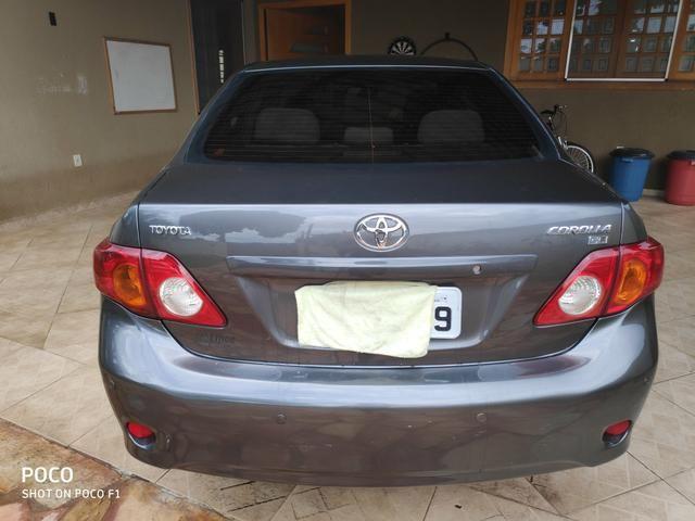 Toyota Corolla GLI 1.8 Flex Aut - Foto 8