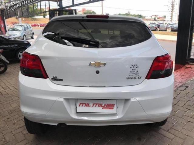 Chevrolet Onix  1.4 LT Flex baixo km - Foto 5