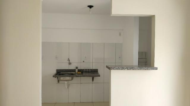 Alugo Apartamento 70 mt² 2/4 prox Av Maria Quitéria garagem coberta tx cond incluída - Foto 7