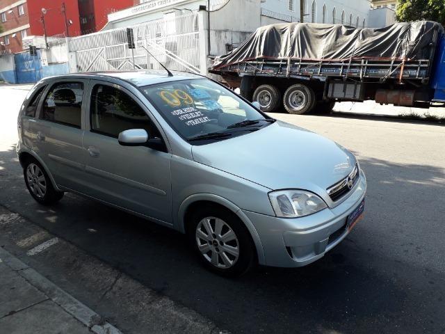 GM-Corsa Hatch 09 Premium 1.4 Flex, Troco e Financio - Foto 8