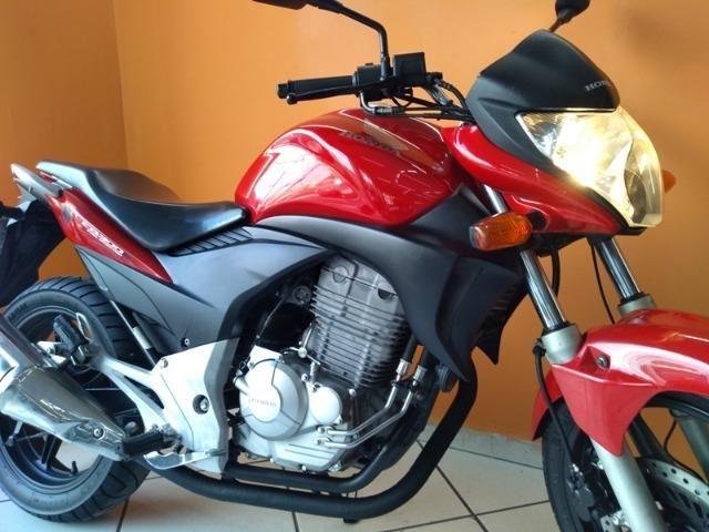 Honda CB 300 R 2011 Vermelha - Foto 5