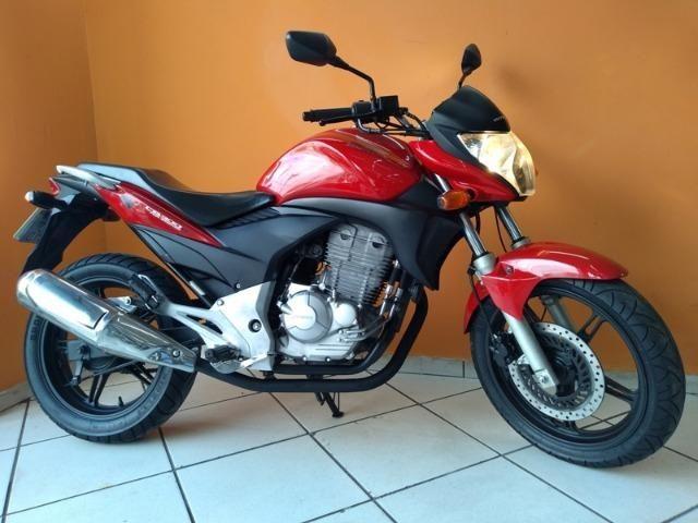 Honda CB 300 R 2011 Vermelha - Foto 8