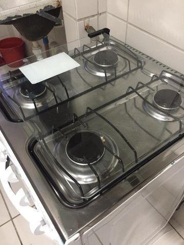 Apartamento Mobiliado 2/4 Cond. Carlos Wilson - Foto 8