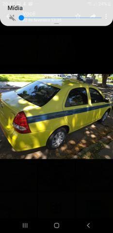 Táxi com autonomia antiga - Foto 2