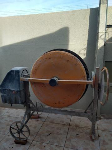 Vendo bitorneira com poucos dias de uso completa por 1.200. 400 litro - Foto 5