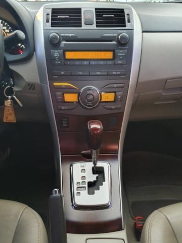 Corolla Altis 2.0 Automático - Foto 16