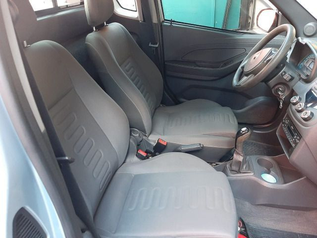 Vendo Montana 1.4 completa + abs/airbag - Foto 11
