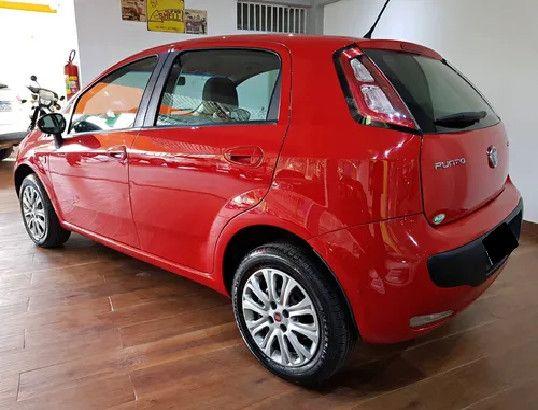 Fiat Punto 1.4 Attractive Italia 8v Flex 4p Manual-2013 - Foto 3