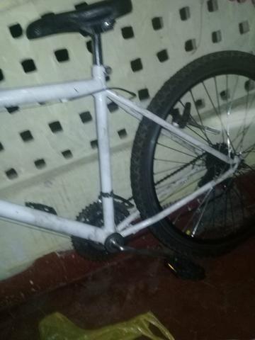 Bicicleta no precinho