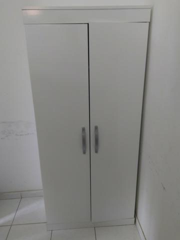 Armário Multiuso 2 portas