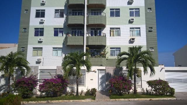 Apartamento na Atalaia, 3 quartos e vista para o mar