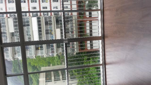 Botafogo - Rua Lauro Muller. Aptº sala, quarto, cozinha, banheiro, quarto empregada