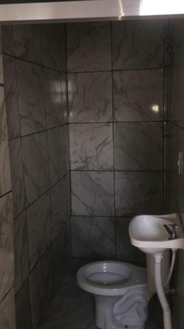 Casa 2 cômodos , banheiro e lavanderia muito bem arrumado - Foto 2