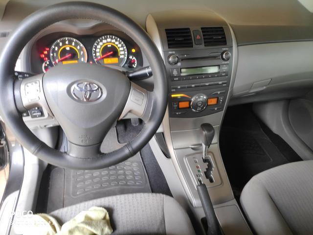 Toyota Corolla GLI 1.8 Flex Aut - Foto 12
