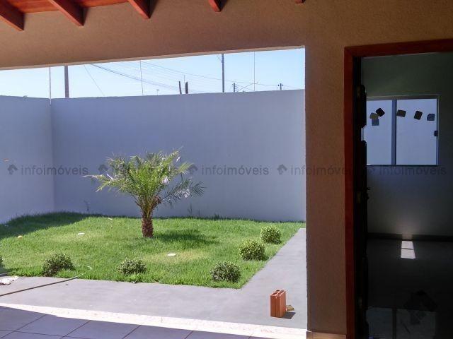 Linda Casa Rica no blindex Vila Nasser com quintal amplo - Foto 11
