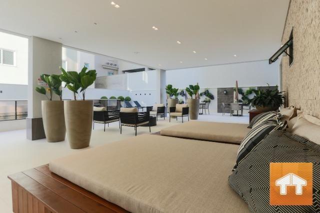 Apartamento Quadra Mar com 04 suítes - Mobiliado e decorado - Meia praia Itapema SC - Foto 20