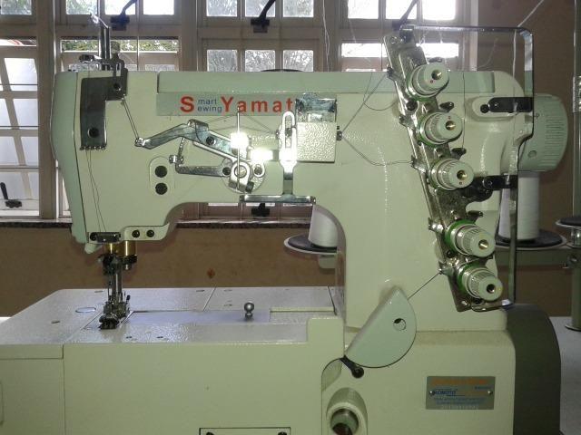 Máquina de Costura Galoneira Yamata - Foto 3