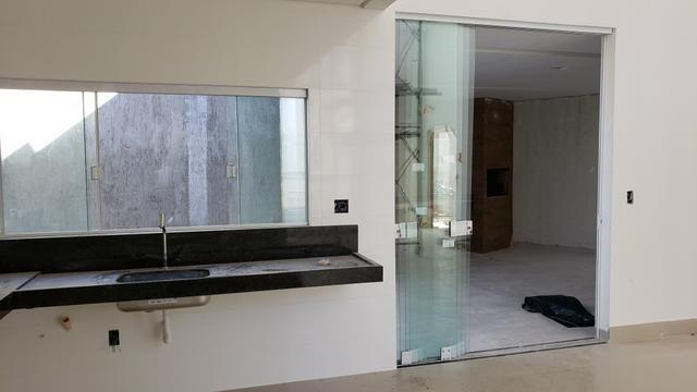 Casa Nova 3suites churrasqueira rua 5 Vicente Pires condomínio fechado - Foto 6