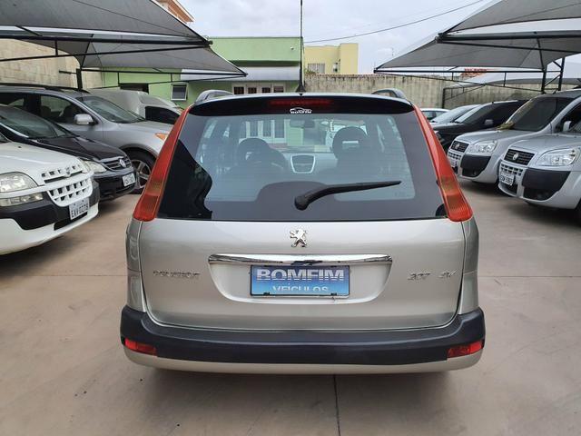Peugeot 207 sw xs automática 2011 - Foto 4