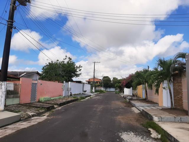 Vende-se casa em Parintins no Conj: João Novo com 3 suítes e 1 banheiro social - Foto 2