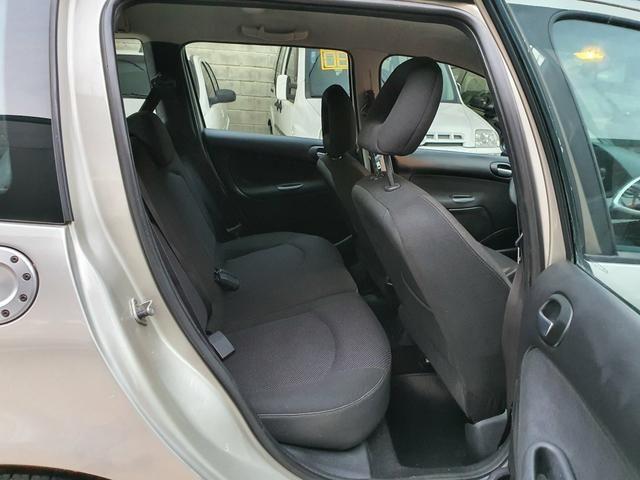 Peugeot 207 sw xs automática 2011 - Foto 11