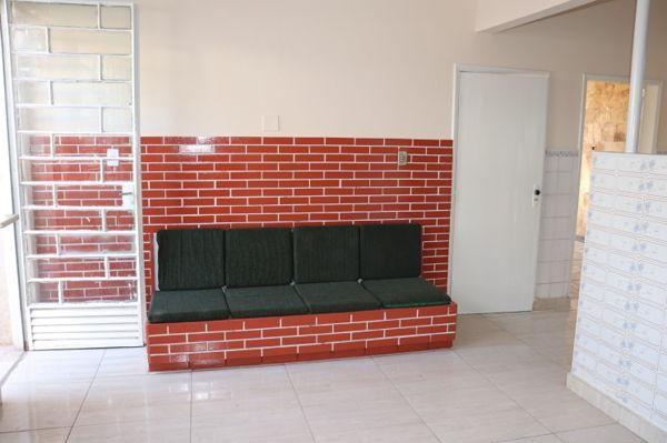 Casa com 3 quartos - Bairro Setor Aeroporto em Goiânia - Foto 14