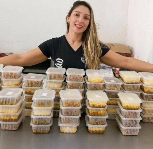 Veja Como pessoas comuns estão ganhando de 3 a 7 mil cozinhando em casa