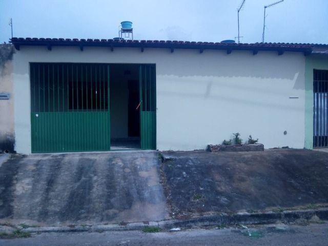 Aluga-se Ótima casa sozinha no lote em Samambaia Norte - QR 206