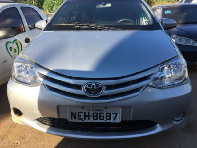 Toyota Etios 1.3 2014 - Foto 4