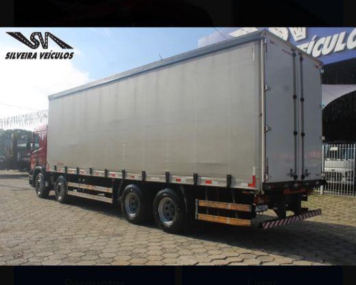 Scania P-310 - Ano: 2015 - 4º Eixo - Baú Sider - Foto 2