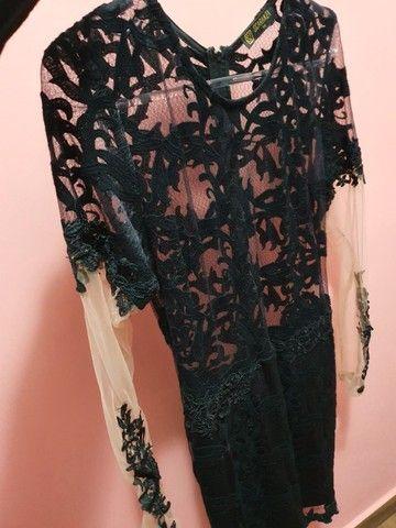 vestido preto com transparência  - Foto 2
