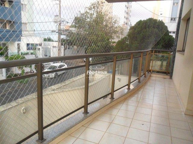 Apartamento para aluguel, 4 quartos, 2 suítes, 3 vagas, Saraiva - Uberlândia/MG - Foto 5