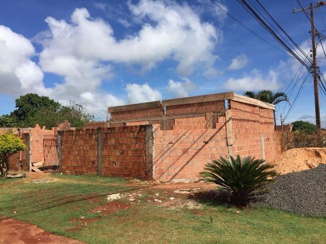 Imóvel em construção no asfato com 2 quartos bairro Santa Luzia