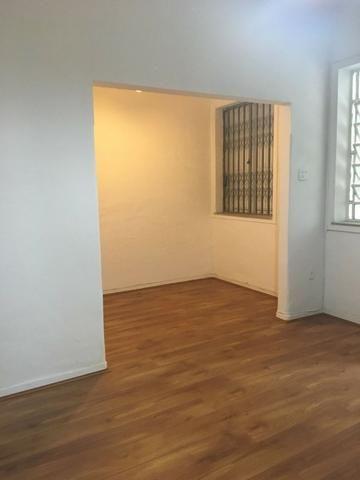 Botafogo,R.Alvaro Ramos.Casa em vila.varanda. sala.2qtos.banh.area serv