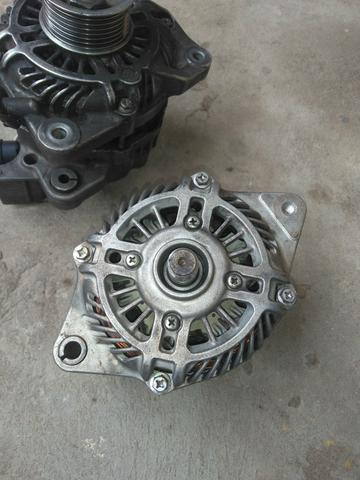 Troco Alternador Honda fit,, semi novo