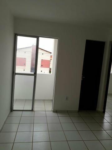 Alugo Apartamento no Condomínio Ponta Verde Próximo ao Shopping Pátio Norte - Foto 8