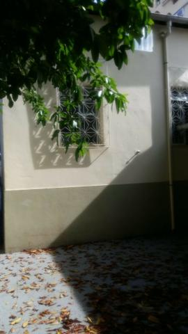Alugo casa reformada no Engenho Novo, sala, 03(três) quartos e dependências - Foto 18