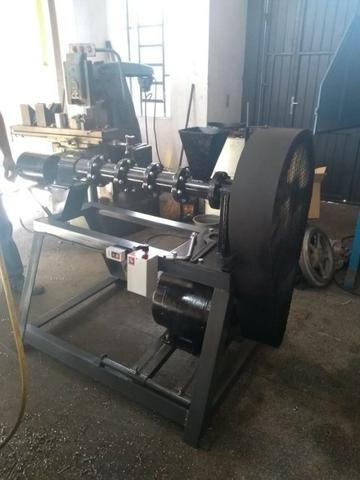 Extrusoras para Ração a partir de 50KG H (Boia) Completa dosador/misturador