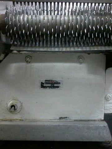 (Raridade) Amaciador Industrial Carne E Bifes Máquinas Lo Pumo Batedor De Bife 220v - Foto 3