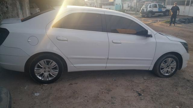 Cobalt 1.8 A GAS manual 2014 obs: só a venda/ no repasse do 13.mil e assume 32 x 674 - Foto 18
