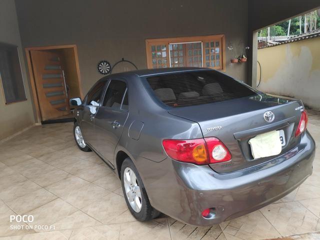 Toyota Corolla GLI 1.8 Flex Aut - Foto 9