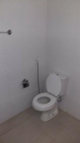 Alugo casa reformada no Engenho Novo, sala, 03(três) quartos e dependências - Foto 16